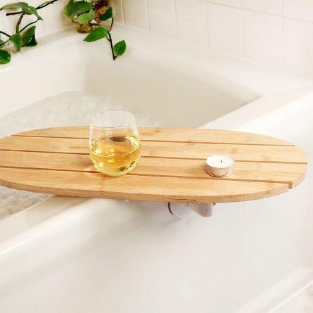 Drehbarer Tisch für die Badewanne