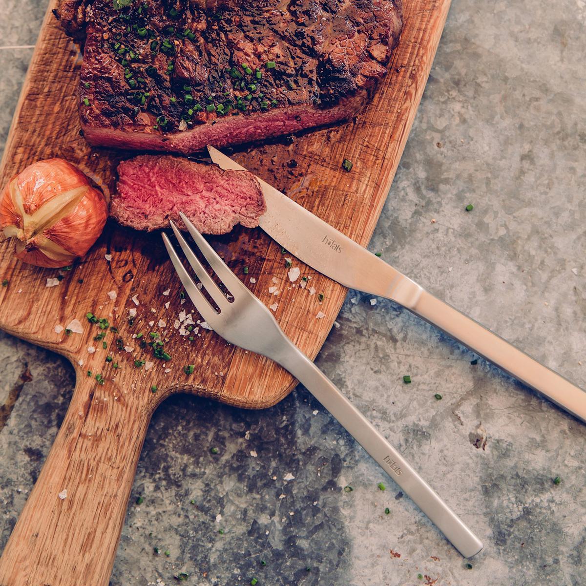 Steakbesteck in der Holzbox