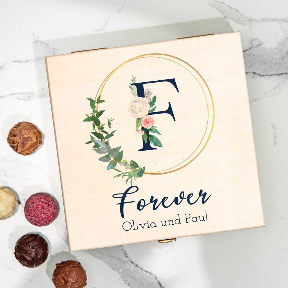 Hochzeitsgeschenke personalisierte Pralinenbox mit Text