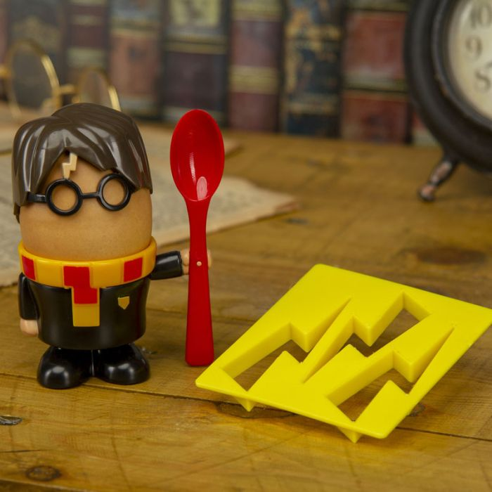 Harry Potter Eierbecher und Toast-Schablone