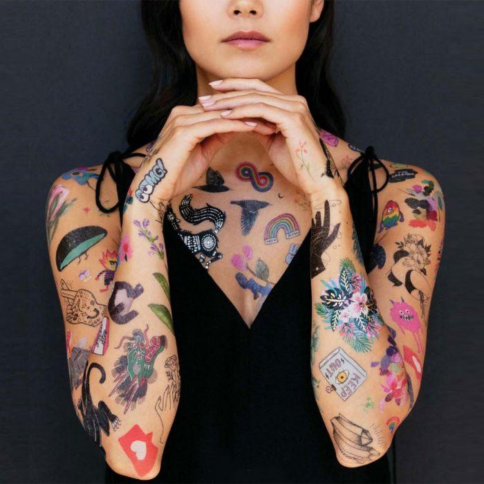 Temporäre Tattoos in verschiedenen Variationen