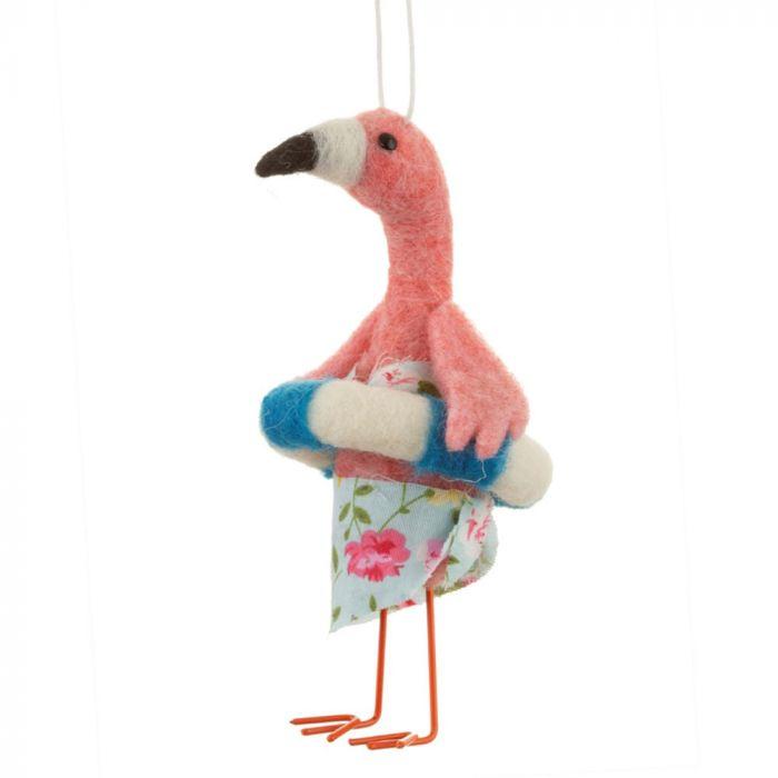 Flamingo auf Strandurlaub am Christbaum