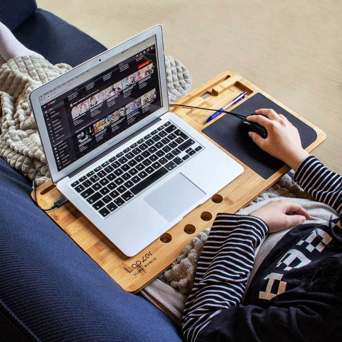Laptop Unterlage aus Holz