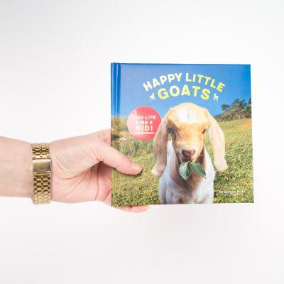 Bücher - Buch Happy Little Goats