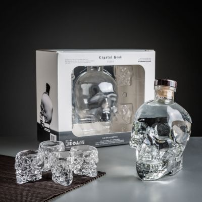 Geschenk für Freund - Crystal Head Wodka Geschenke-Set mit Gläsern