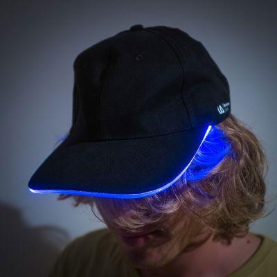 Geschenke für Männer - Baseballkappe mit LED-Band