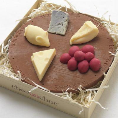 Weihnachtsgeschenke für Frauen - Käseplatte aus Schokolade