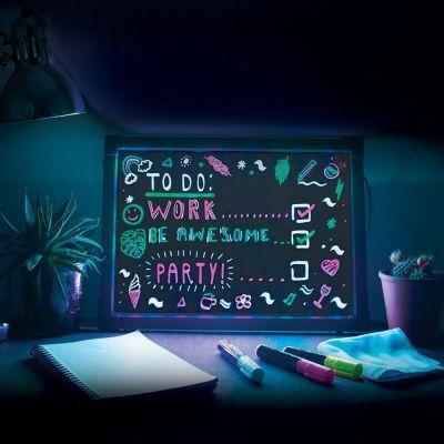 Geschenk für Paare - Schreibtafel mit Neon-Effekt