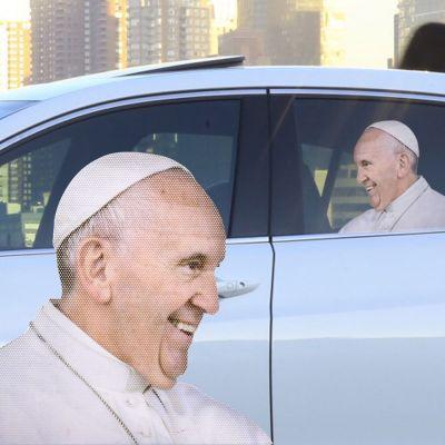 Spiel & Spass - Autoaufkleber Papst