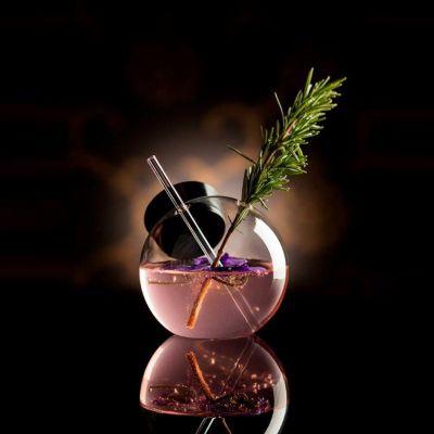 An der Bar - Quido Design Cocktail Glas