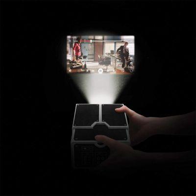 Kamera & Foto - Smartphone Projektor aus Karton