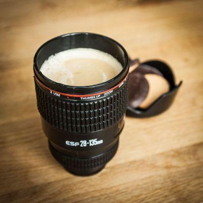 Kaffee und Tee - Trinkbecher Kameraobjektiv