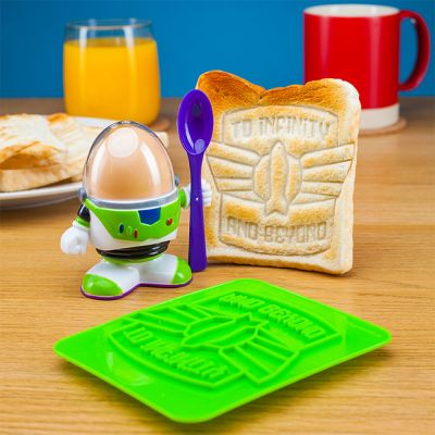 Film & Serien - Buzz Lightyear Eierbecher mit Toast-Schablone