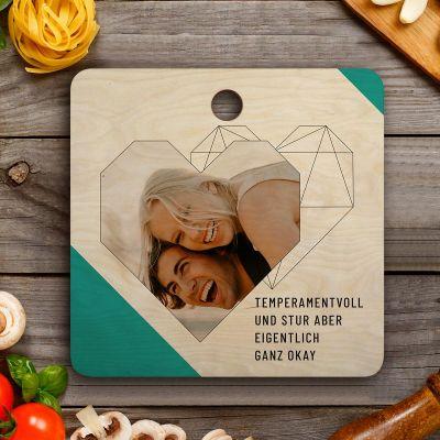 Exklusive Geschenke aus Holz - Personalisierbares Schneidebrett mit Foto, Text und Herz