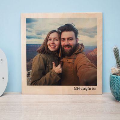 Geburtstagsgeschenk zum 50. - Personalisierbares Holzbild im Polaroid-Look