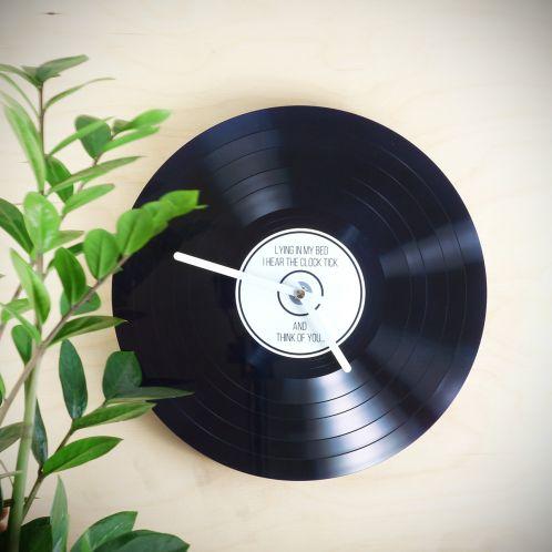 Personalisierbare Schallplatten-Wanduhr